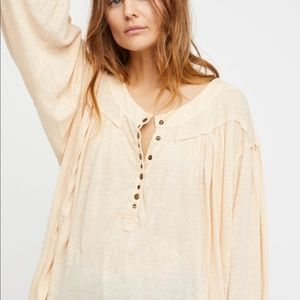 We The Free People Top Over-sized Palm